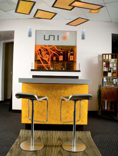 uni-bar